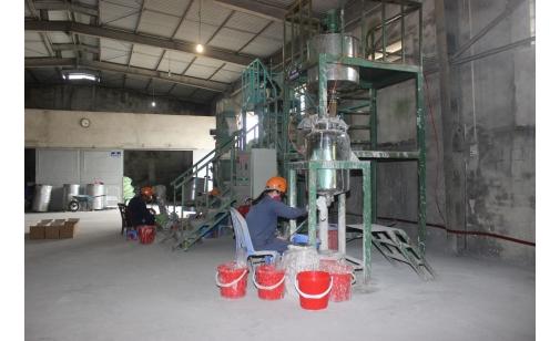 Sản xuất chất dẻo tổng hợp